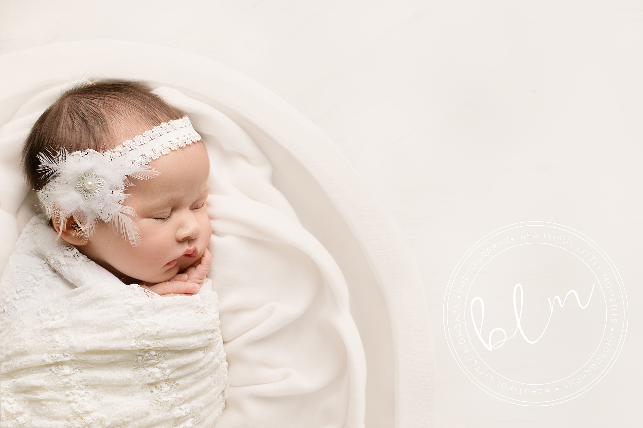 newborn-baby-photo-shoot-epsom-surrey-girl-delicate-white