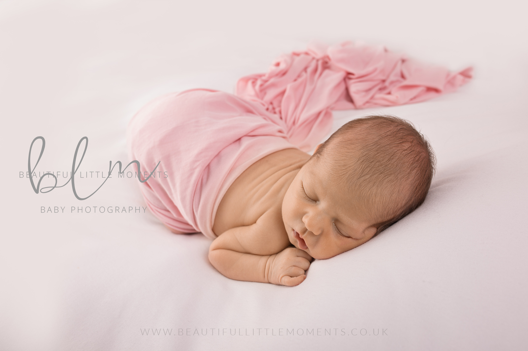 newborn-baby-photo-shoot-epsom-surrey-girl-pink-white