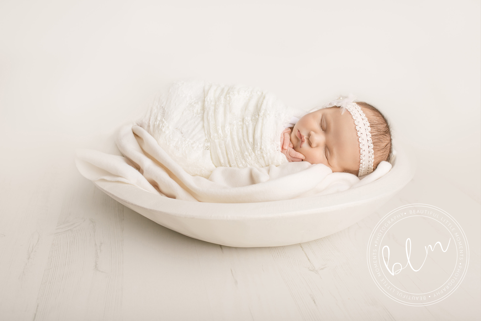 newborn-baby-photo-shoot-epsom-surrey-girl-white