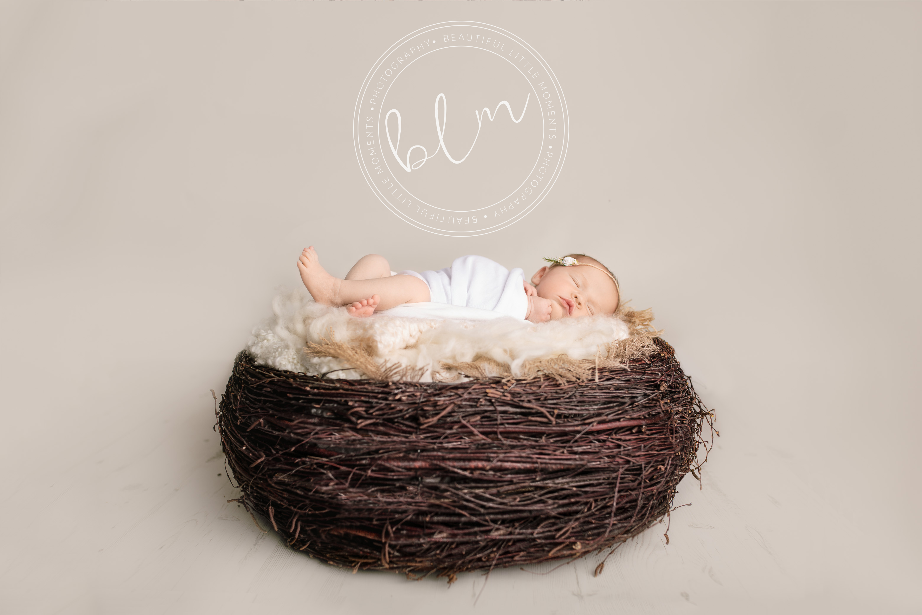 newborn-baby-photo-shoot-epsom-surrey-nest