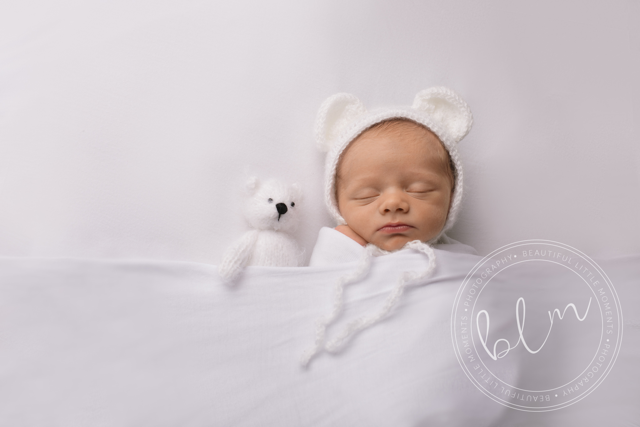 newborn-baby-white-bear-bonnet-epsom-surrey