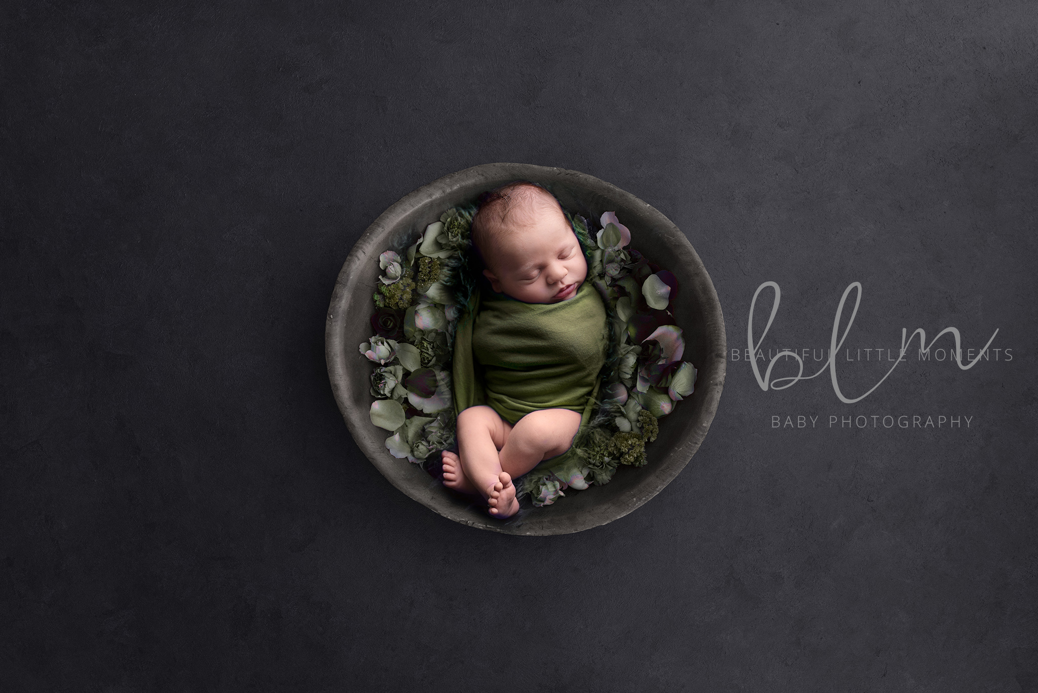newborn-boy-slate-green-bowl-flowers